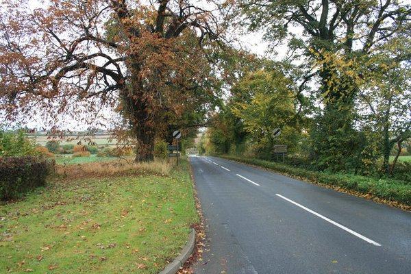 The B4022 Finstock to Charlbury road