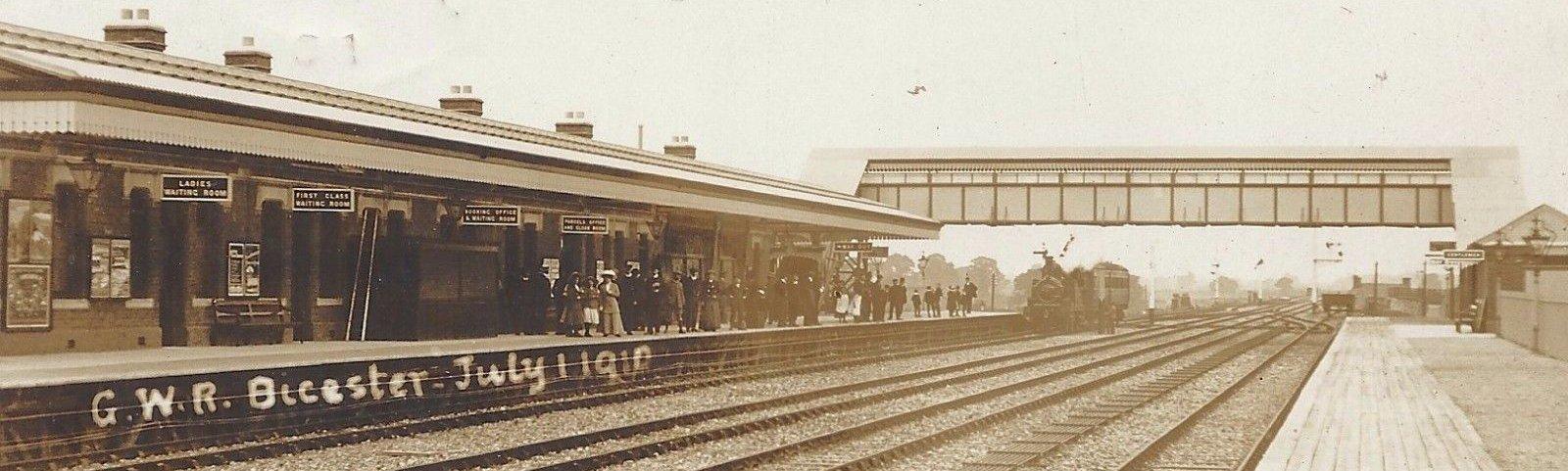 Bicester railway station circa 1910
