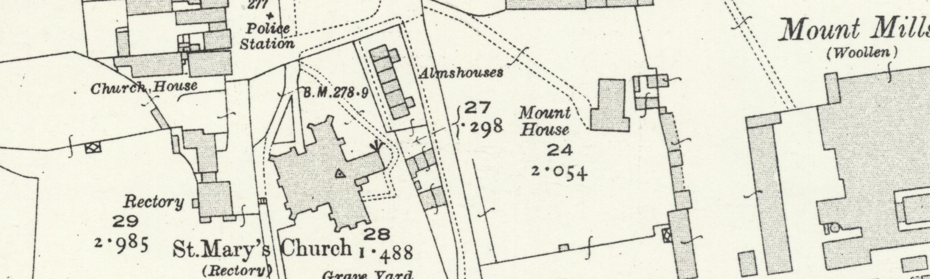 Map of Witney c.1919. The site of the Bishop's Palace is just to the South of Mount House