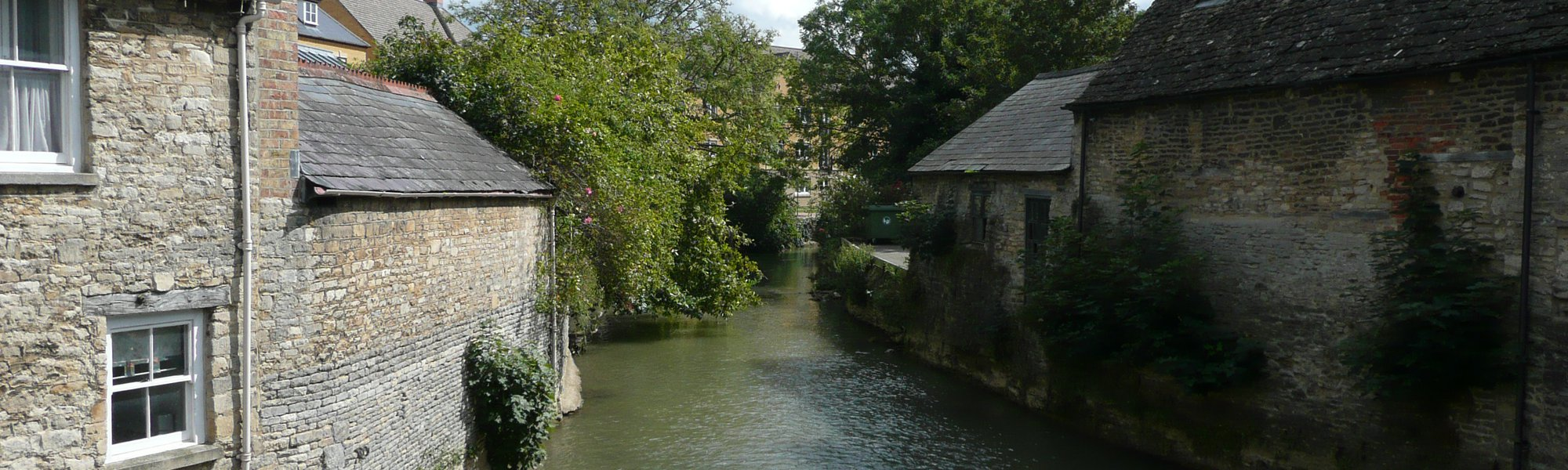 The River Windrush, looking South East from the bridge on Bridge Street.