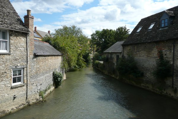 The River Windrush flowing under the bridge at Bridge Street, Witney.
