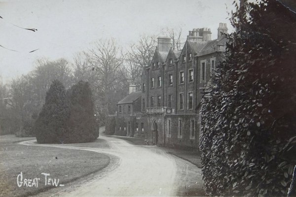 Great Tew Manor House