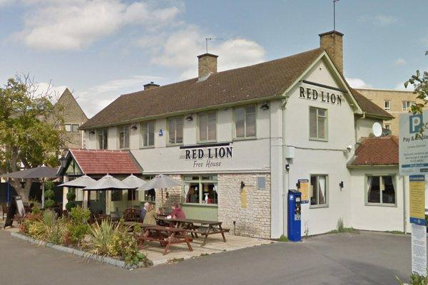 Red Lion, Kidlington