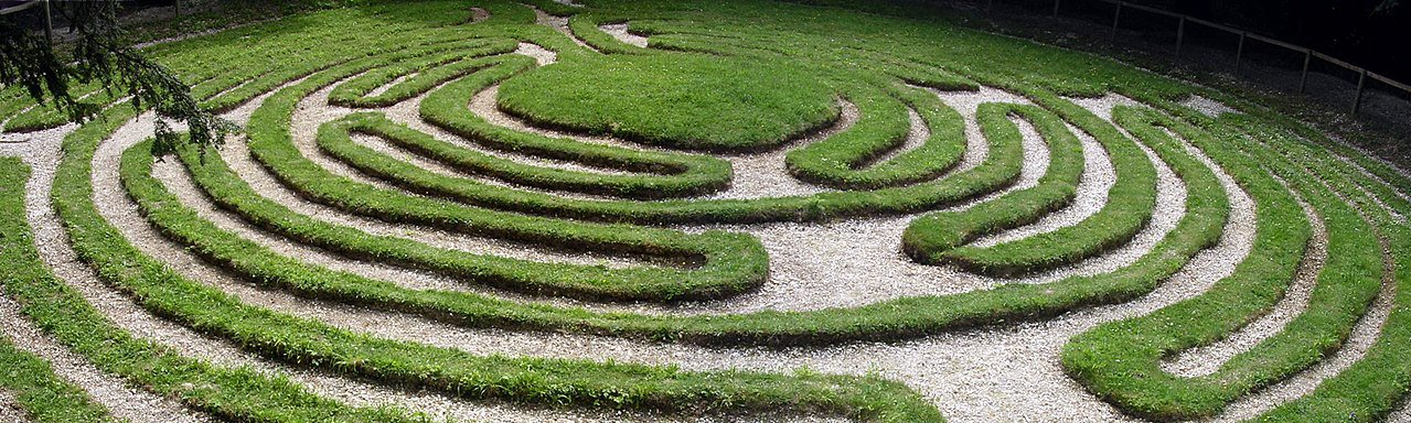 An example of a similar turf maze found at Breamore Down, Hampshire